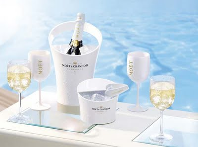 moet-imperial-ice-champagne-bottle-044