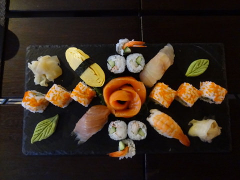 3_sushi_plate