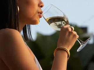 drinking+wine1