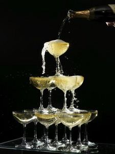 Champagne_towers